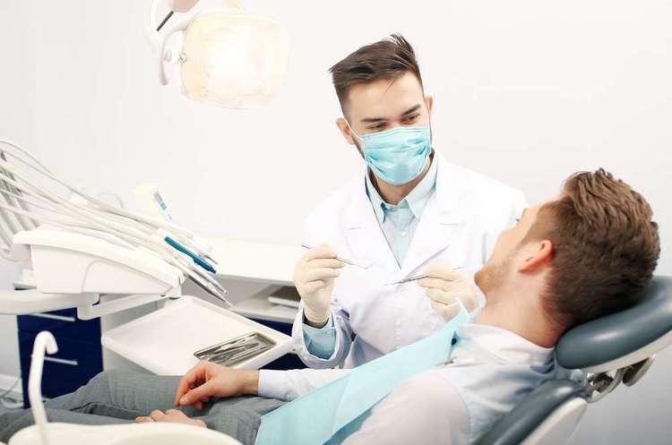 У Києві обмежили роботу стоматологій на період карантину