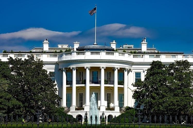 В Білому домі прогнозують, що від коронавірусу в США можуть померти 200 000 людей
