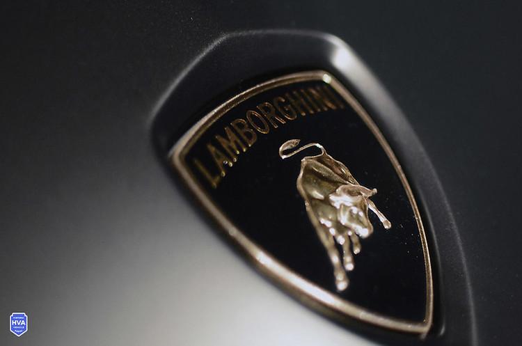 Lamborghini шитиме захисні маски та виготовлятиме захисні медичні щитки