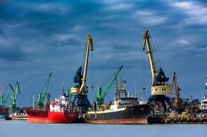 Митниця почала стежити за переміщенням морських вантажів онлайн