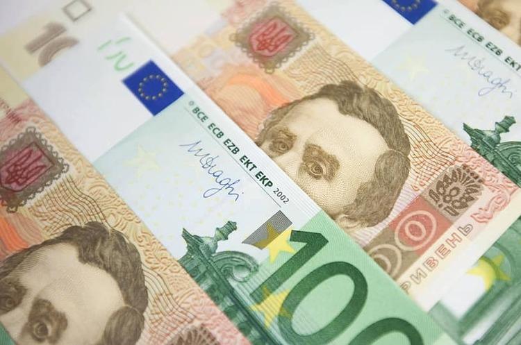 НБУ вперше з початку кризи купив $64 млн на міжбанку