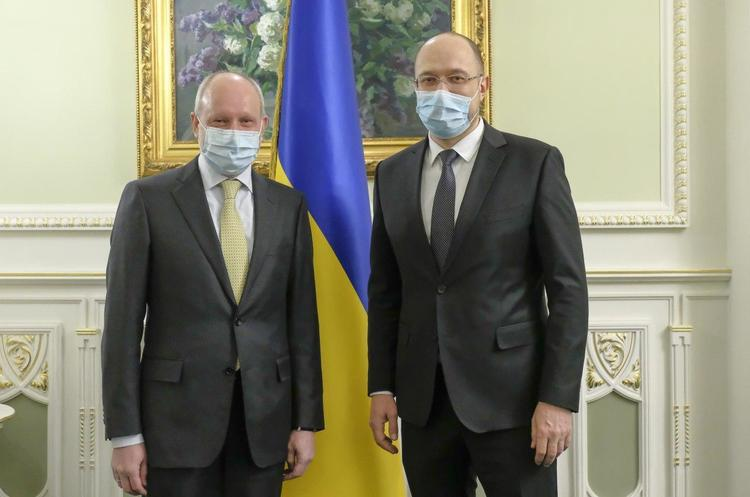 ЄС дасть Україні 80 млн євро на боротьбу з COVID-19, а Україна постачатиме в Європу спирт – Шмигаль