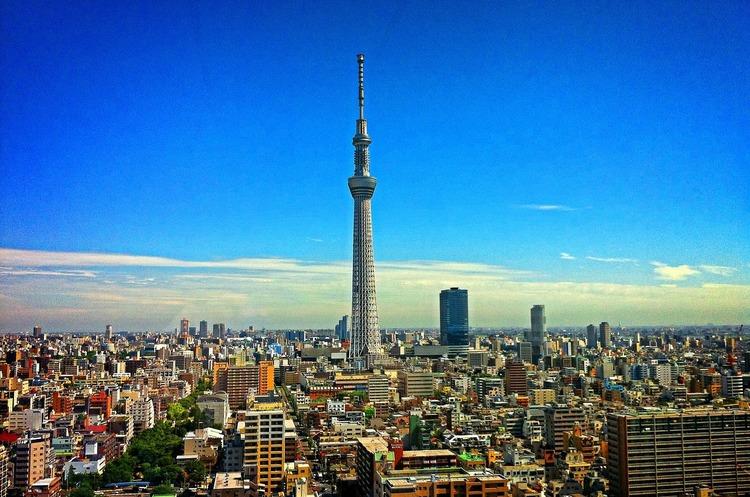 Карантин по-японськи: тиск на відповідальність, а не штрафи за непослух