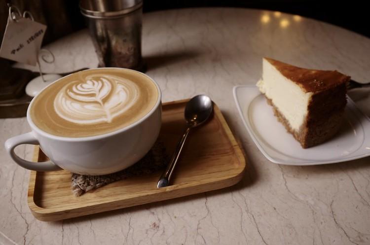 Продажі кафе та ресторанів в Україні скоротились на 73% з 23 по 29 березня
