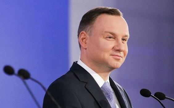 Польський сейм схвалив рішення провести вибори президента поштою