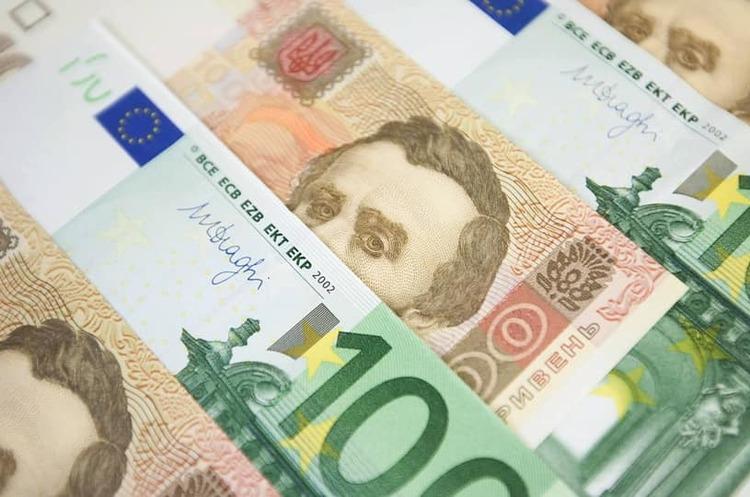 НБУ купив на міжбанку $186 млн