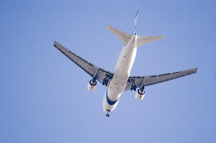 Мільйони працівників авіагалузі можуть втратити роботу – IATA