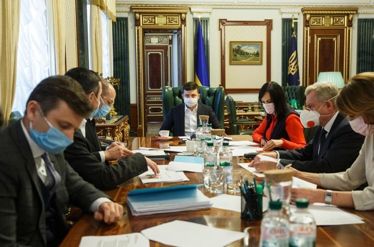 Уряд та НБУ готують дві програми підтримки малого бізнесу – Зеленський