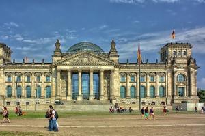 ВВП Німеччини впаде після коронавірусу вдвічі сильніше, ніж у кризу 2008-2009 років - звіт