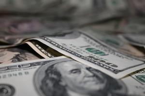 Угода ОПЕК+ не заспокоїла інвесторів, сировинні валюти знизились