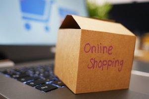 «Чорна п'ятниця» відпочиває: як карантин підігріває продажі в е-commerce