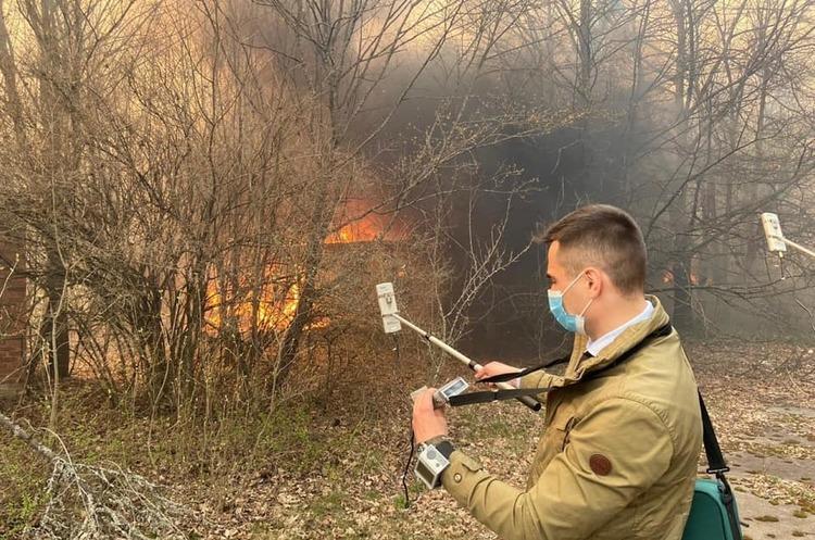 Пожар в зоне отчуждения Чернобыльской АЭС удалось потушить – Фирсов