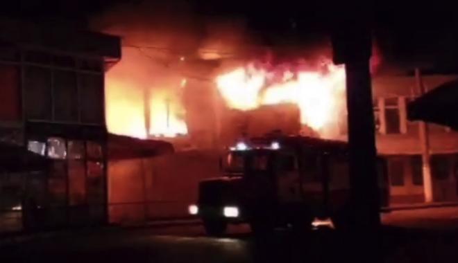 На ринку «Барабашово» в Харкові згорів торговий модуль імовірно через підпал