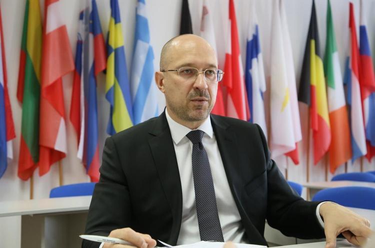 Кількість безробітних в Україні за час карантину досягла 2 млн – Шмигаль