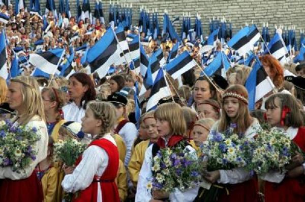 Естонія вибачилася за шкільний підручник, де Крим показаний частиною Росії
