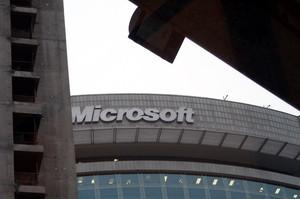 Чистий прибуток Microsoft виріс на 22% за квартал