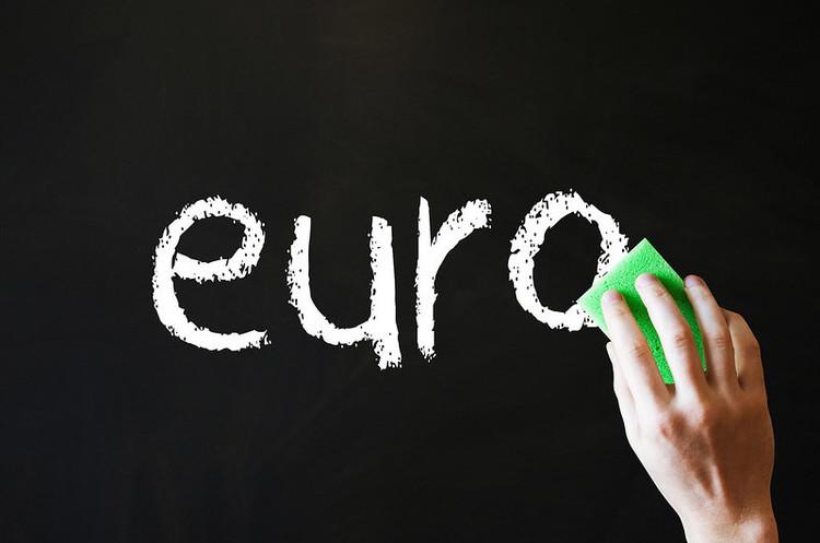 Єврозона увійшла в найглибшу рецесію в історії – ЄК