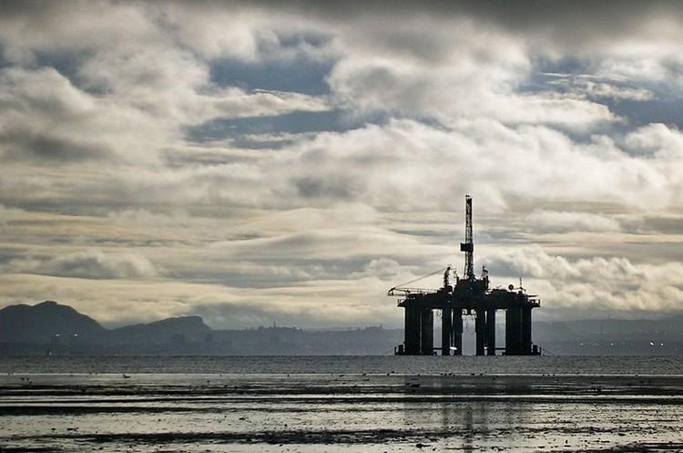 Ціни на нафту ростуть на тлі послаблення країнами обмежень