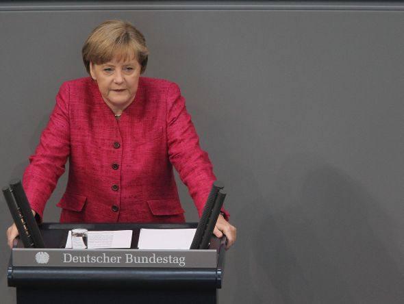 Розвідка ГРУ отримала доступ до електронних листів приймальні Меркель – ЗМІ