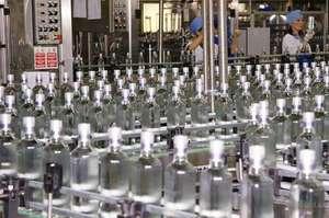 Кабмін дозволив експорт спирту з 15 травня