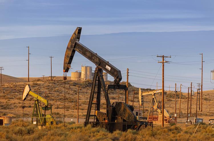 Цены на нефть растут на фоне неожиданного сокращения запасов в США