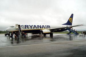 Ryanair скоротить до 3000 робочих місць