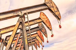 Цены на нефть растут на фоне признаков восстановления спроса