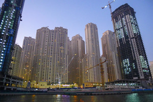 $800 за відсутність маски: влада ОАЕ ввела нові штрафи та обмеження