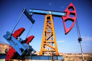 Казахстан може призупинити видобуток нафти на найбільшому родовищі через коронавірус