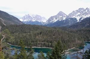 Австрія готується до відкриття туристичного сезону