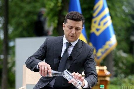 По другую сторону Зеленского: о чем не сказал президент на «годовой» пресс-конференции