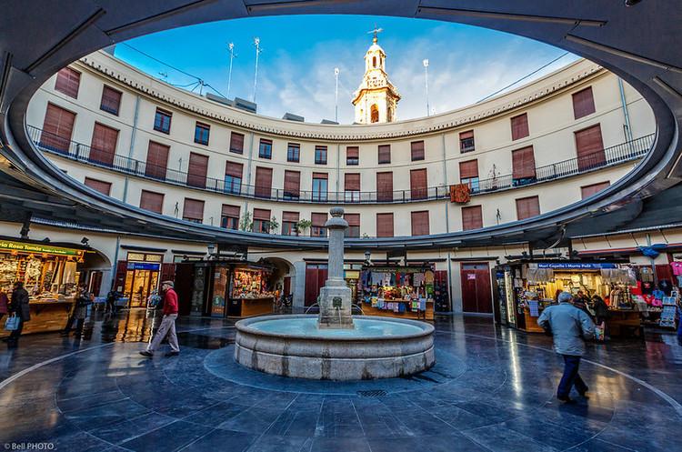 Іспанія відкривається для іноземних туристів у липні – міністр