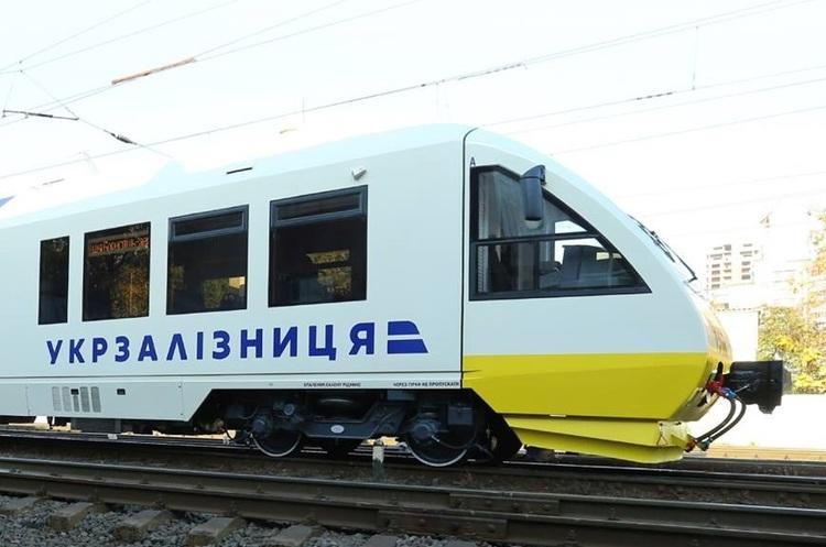 Криклій повідомив, коли «Укрзалізниця» почне продаж квитків на поїзди