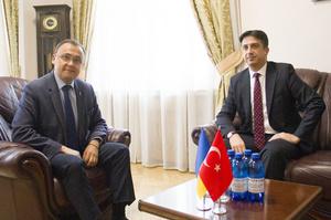 Україна і Туреччина почали переговори про відновлення авіасполучення і туризму