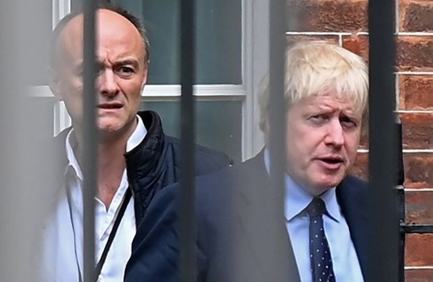 Головний борець за карантин сам же його і порушив: у Британії гучний політичний скандал
