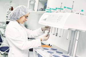 «Дарниця» призупинила проєкт з виробництва гідроксихлорохіну для лікування COVID-19