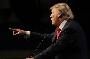 Трамп пригрозив «закрити» соціальні мережі після «наїзду» Twitter