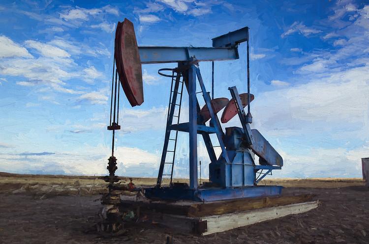 Нафта продовжує дешевіти на тлі неочікуваного росту запасів у США
