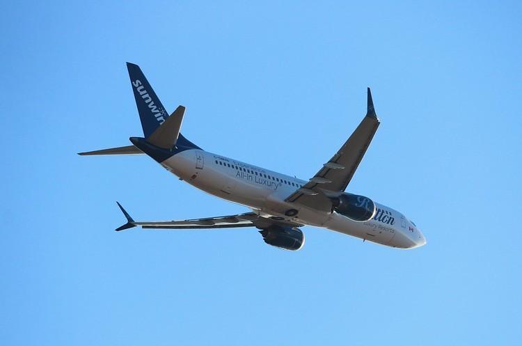 Boeing відновив виробництво свого скандального літаку 737 Max