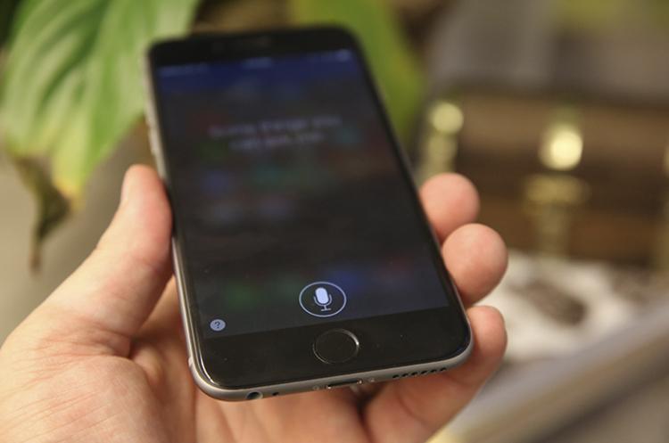 Apple купила ШІ-стартап для покращення роботи Siri