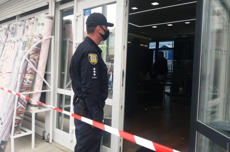 Розбірки в Одесі: на ринку «7 км» відбулась стрілянина, є поранені (ВІДЕО)