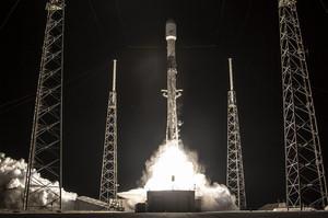 SpaceX запустила чергову партію супутників Starlink, довівши їх кількість до 480