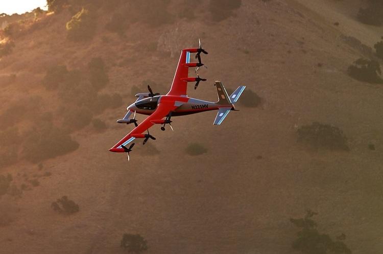 Компанія засновника Google Ларрі Пейджа будуватиме електричні літаки
