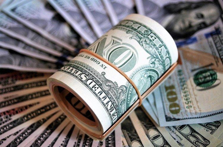 Під час пандемії багатство мільярдерів у США виросло на понад пів трильйона доларів