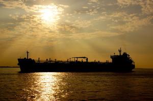 США закупили рекордні з 2011 року обсяги російської нафти