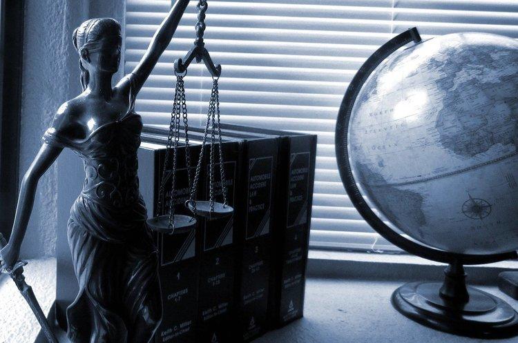 Де місце іноземному праву в українських корпоративних договорах