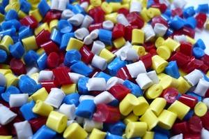 АСС виступає за скасування спеціального мита на імпорт полімерних матеріалів