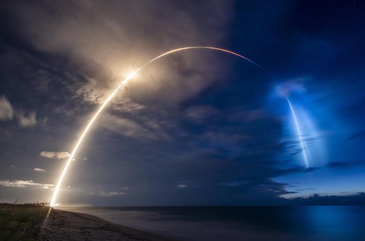 SpaceX успішно вивела на орбіту 58 супутників Starlink для глобального інтернету
