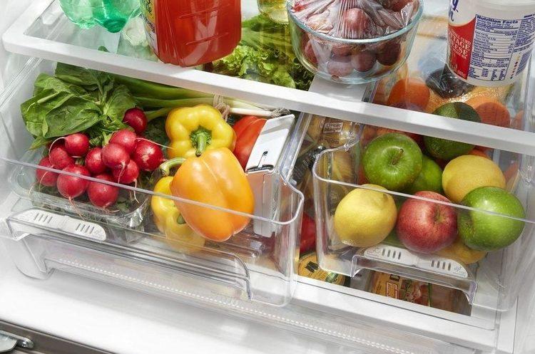 «Ревизия» холодильников: украинцы рассказали, какие продукты чаще всего покупают летом