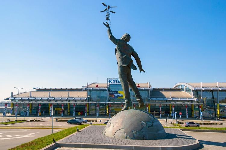 Аеропорт «Київ» відкрився попри карантин
